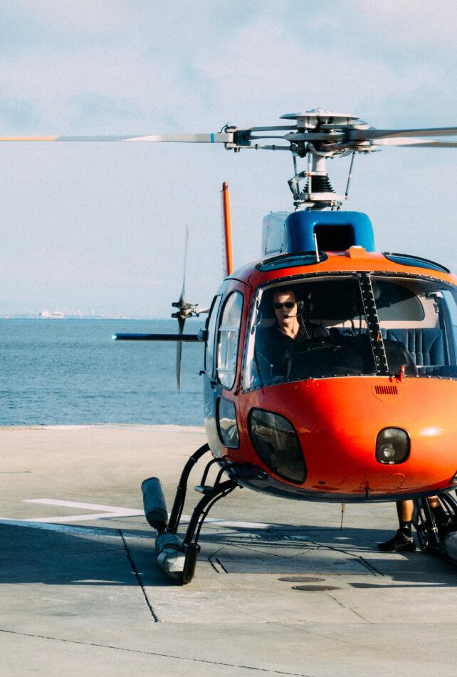 Hélicoptère qui décolle